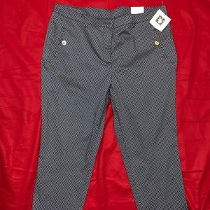 New with tag Anne Klein Women's Capris